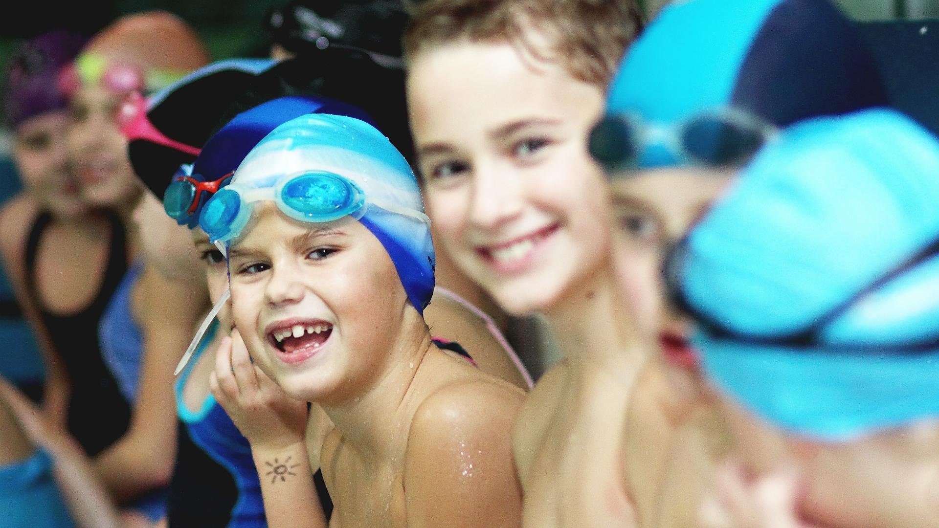 Dzieci w wodzie - zabawa