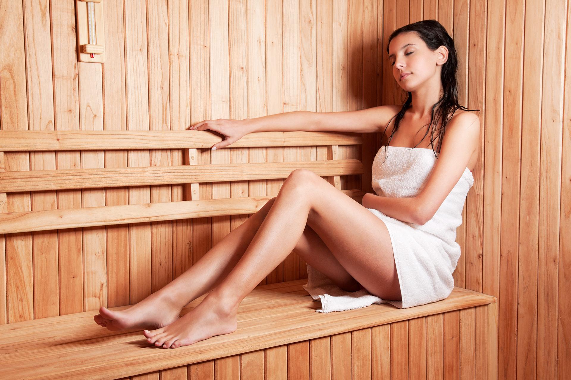 Sauna fińska na pływalni w Bochnini